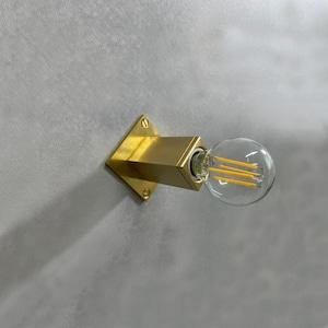 壁掛けブラケット Square 真鍮無垢 E17