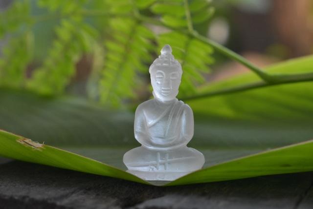 手彫り仏陀さまbudd002