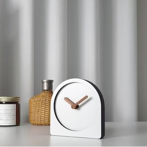 wood stand clock 4types / ウッド 置き時計 卓上 スタンド 無音 シンプル 木製 韓国 インテリア 雑貨