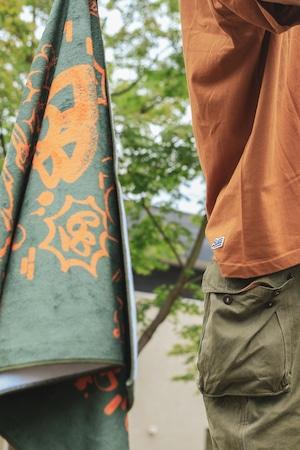 6th Wall by ATOMONE SUPER BIG TOWEL [ GREEN x ORANGE ]