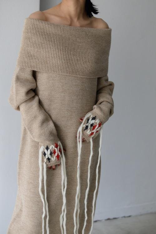 YOHEI OHNO / knit dress with argyle hands (beige)