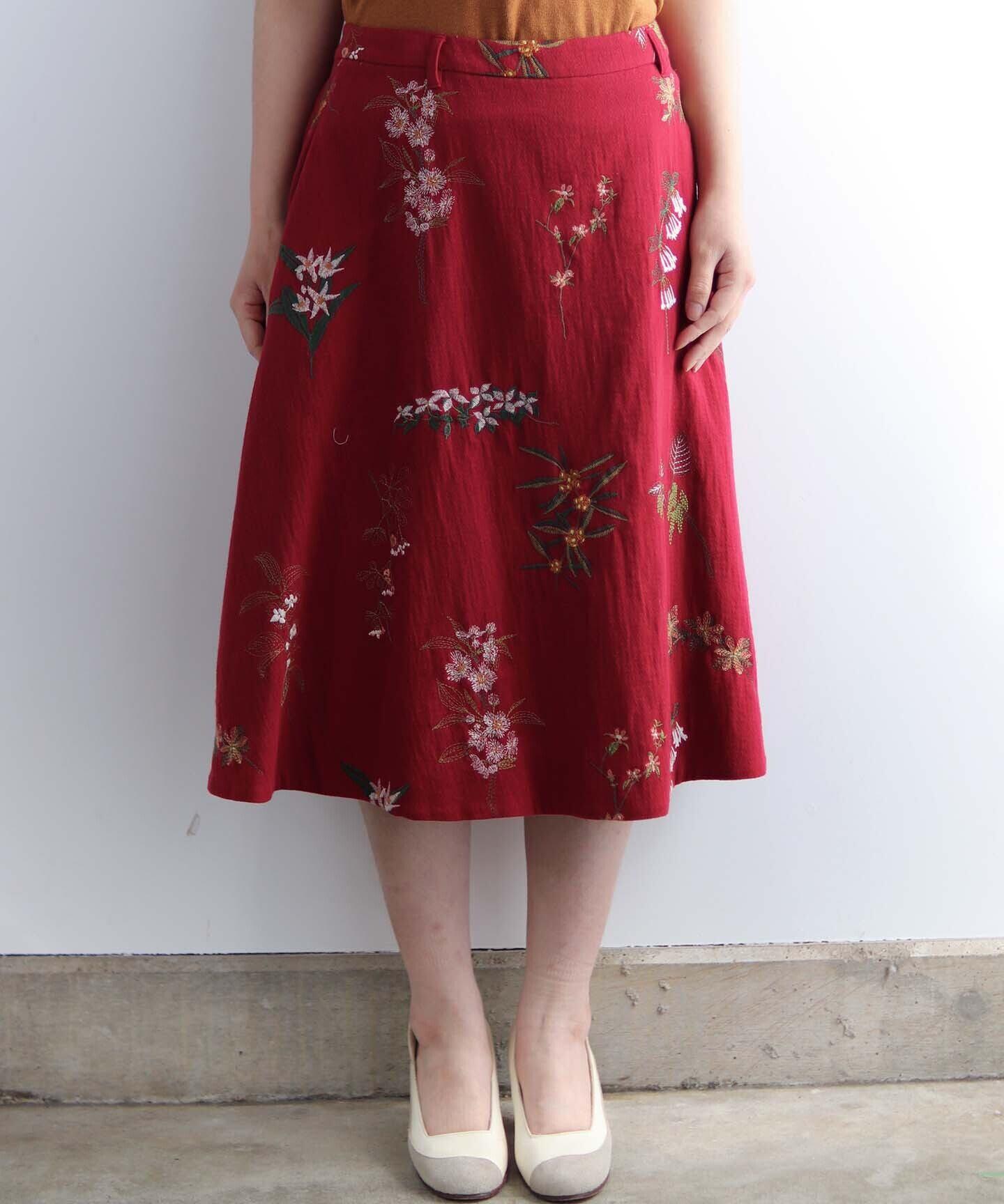 果実花刺繍のスカート (eve241)