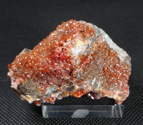 自主採掘!アリゾナ産 褐鉛鉱 バナジン鉛鉱  82g VND014  鉱物 天然石 パワーストーン 原石