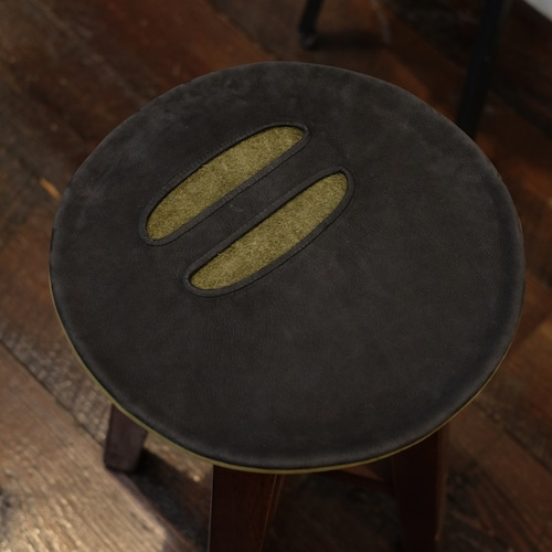 カンダミサコ circlebag mini(サークルバッグミニ) ヌバックブラック・カーキ