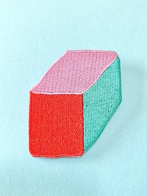 ボックス刺繍ブローチ