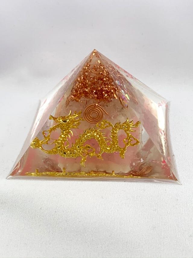 ピラミッド型オルゴナイト・ドラゴン【ローズクォーツ・&天然水晶】オーダー受付中です