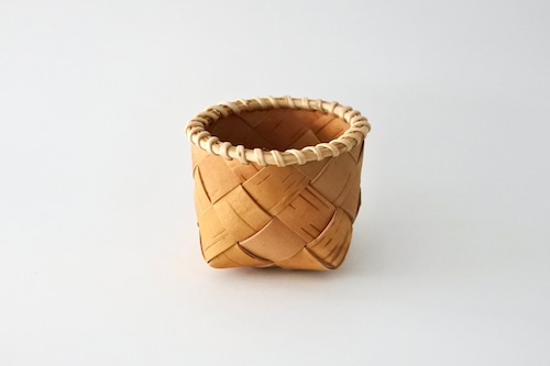 SUKOYA Näverslöjd Basket S  /  白樺の樹皮のバスケット S