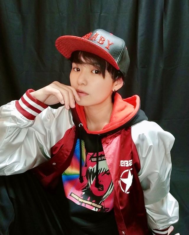 ZEBABY RED CRACKED LEATHER CAP(税込み)