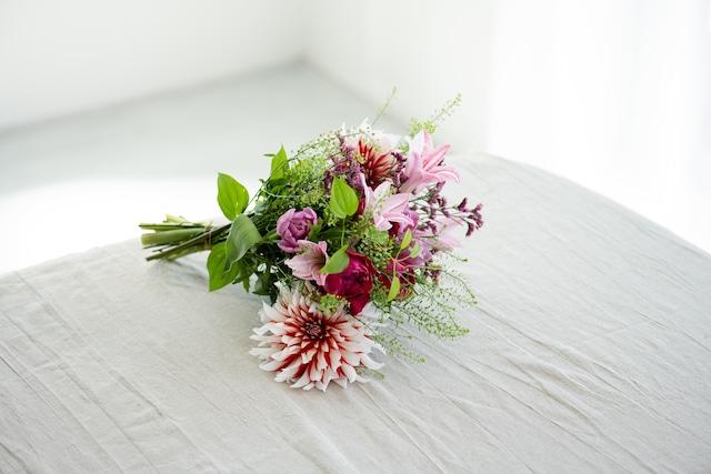季節の花束 M
