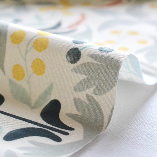 < Anemone >  Cream コットン生地  50cm x 50cm