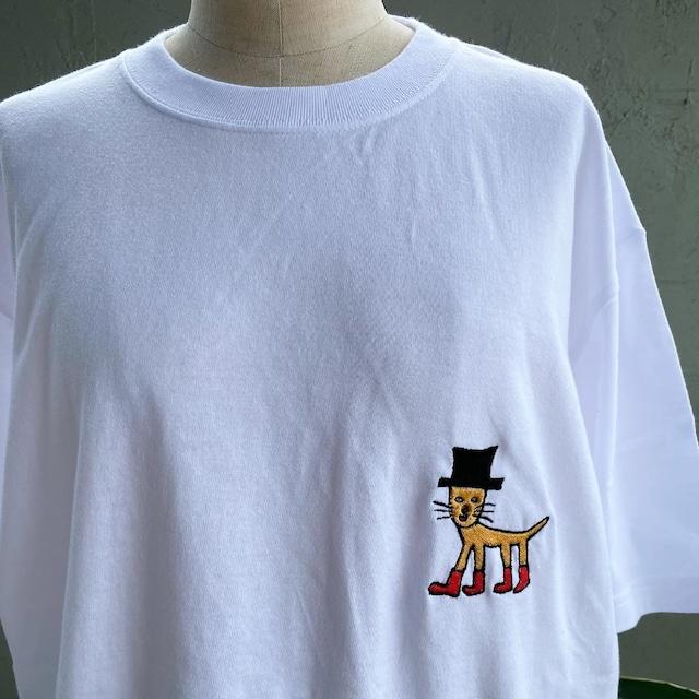 【巨匠動物園】長靴を履きすぎの猫 刺繍Tシャツ