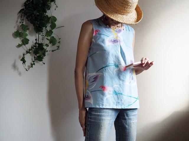 トロピカル花模様のスリーブレストップス-浴衣から