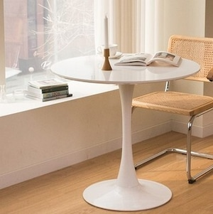 white round table 2size / ラウンド サークル テーブル ホワイト カフェ チューリップ 机 韓国 北欧 インテリア 雑貨