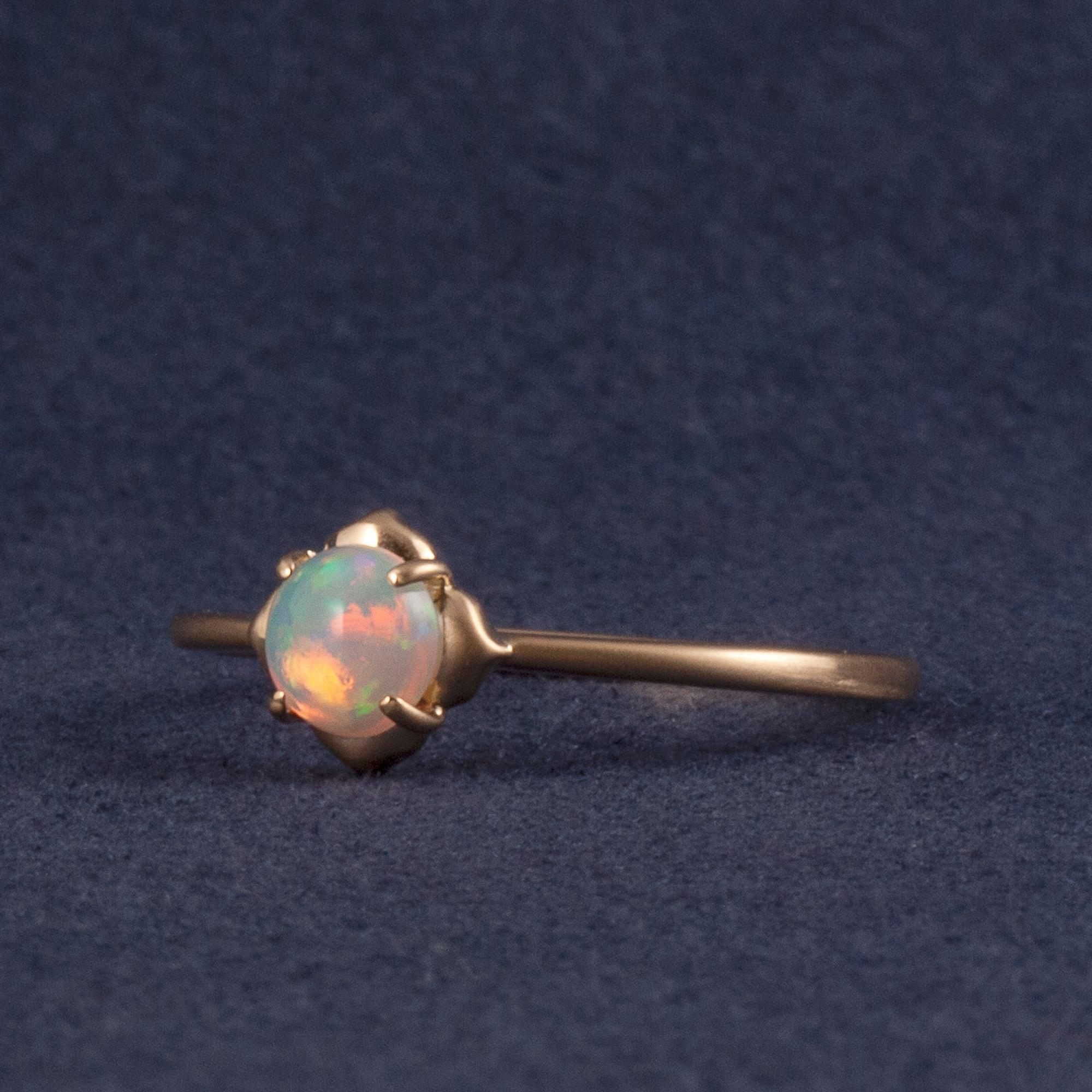 Hanamizuki ring / Opal