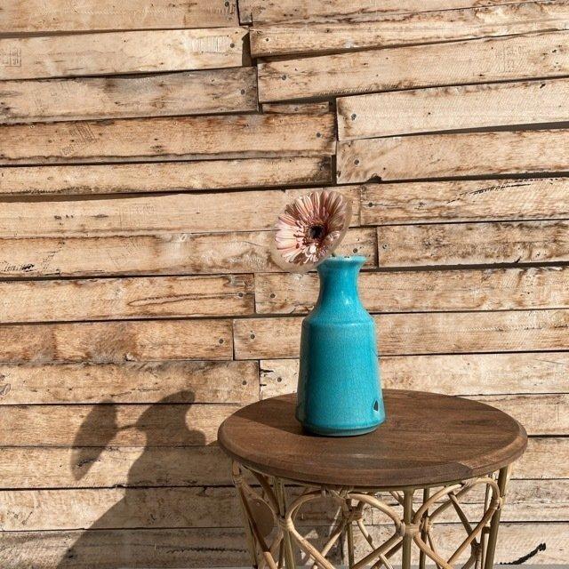 味わい深い陶器の花瓶 ターコイズ