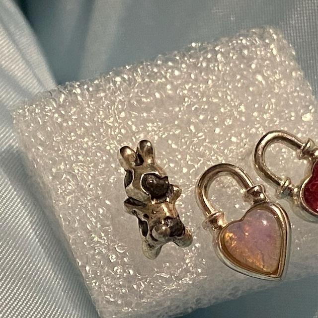 ゼブラ/ダルメシアンうさぎ earring 片耳 ® SILVER925 #LJ20022P ゼブラ #LJ20021P ダルメシアン