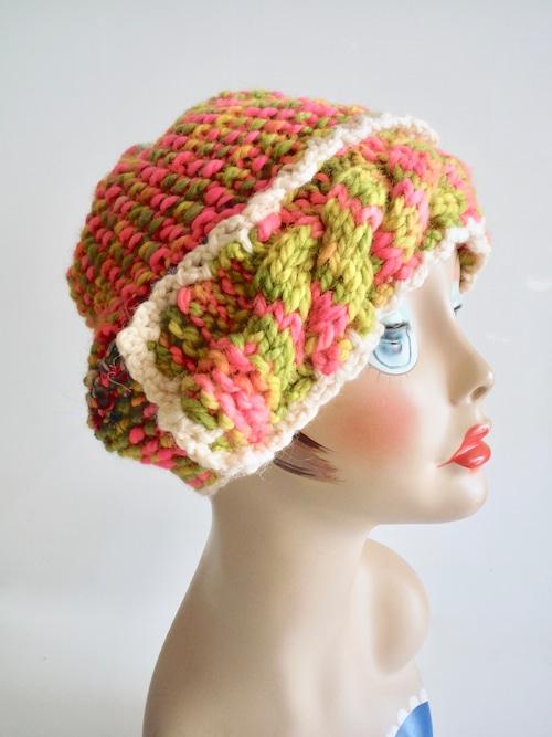 小さなボンボンのニット帽 <蛍光ピンクー×ライトグリーン>