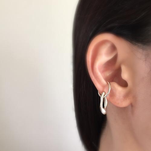 Ear cuff 'cloud'