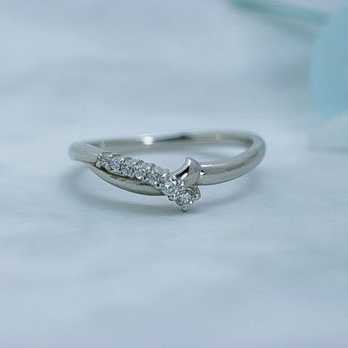 プラチナダイヤモンド デザインリング