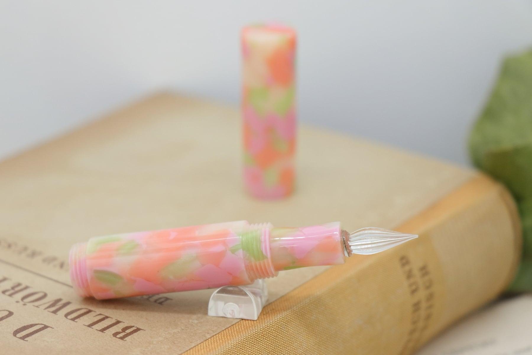 受注制作「Lapis mini・スプリングガーデン」Viriditas手作りキャップ付きガラスペン