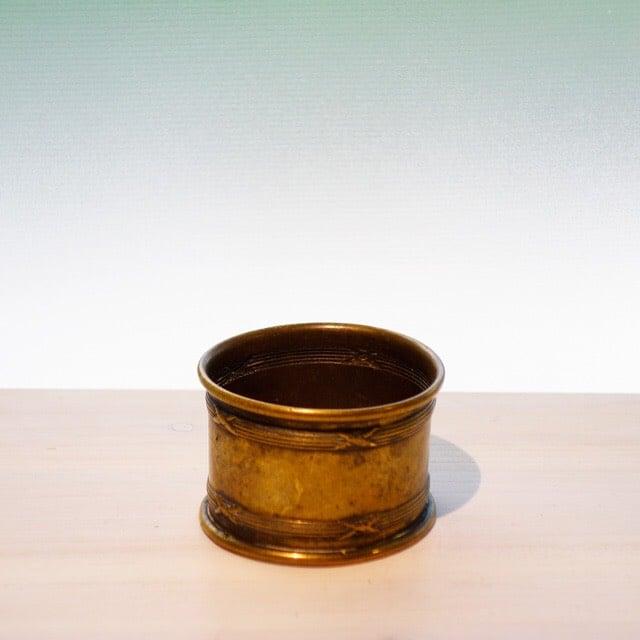 真鍮のテーブルナフキン用の帯