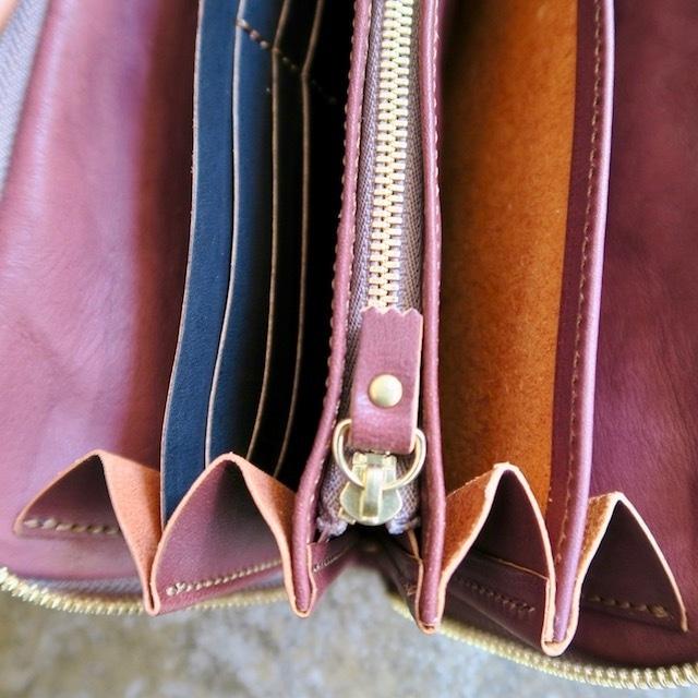 Soft Leather Round Zip Wallet (Brown)