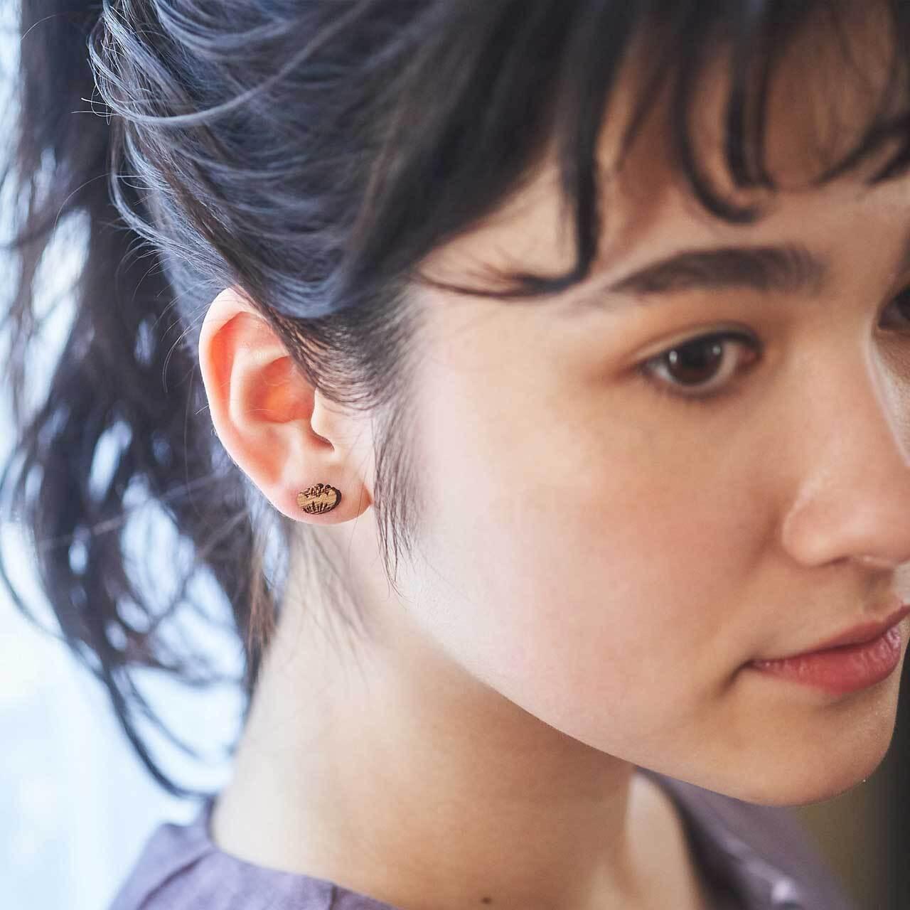 camellia / カメリア(Pierced Mini)