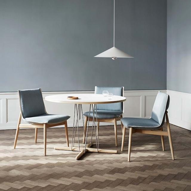 E020 Embrace Table Φ110 Oak / WH[カールハンセン&サン]