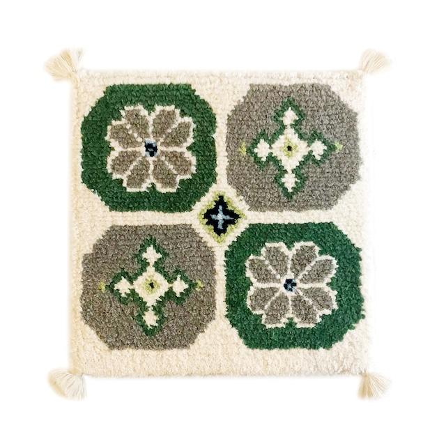 【受注生産】菊十字(緑、茶、生成)