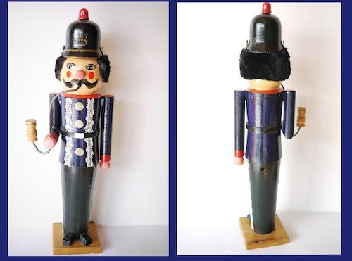 煙出しパイプ人形 消防士警官 エルツ