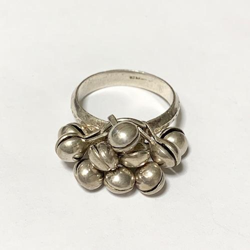 Vintage Dangle Design Silver Ring