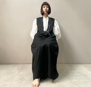 New!! Deep u dress / twill black  (2021 New collection)