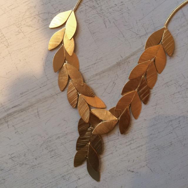 Eneida Franca  Leaf Necklace