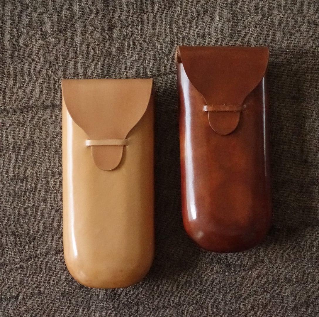 フィレンツェの伝統的製法を用いた縫い目のないメガネケース / col tempo 土居祥子