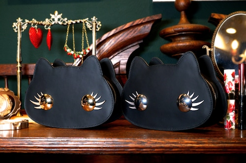 キラキラまつげのねこすめぽーち(ゴールド/シルバー)猫顔の牛革製コスメポーチ