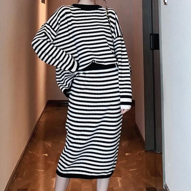 【セット】秋冬ファッションストライプラウンネックニットセーター+ハイウエストカジュアルニットスカート52197889
