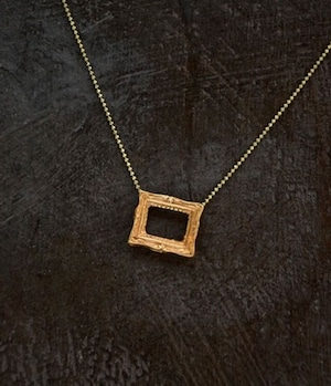 Picture frame ショートネックレス