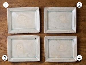 灰釉 角小皿(小皿・粉引の器・取皿)/くるり窯
