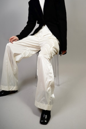 GLOSS CARGO WIDE PANTS (WHITE) 2109-25-45