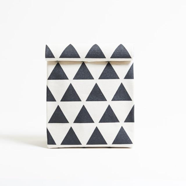 kamibukuro/black × scale カミブクロ / 墨 x 鱗