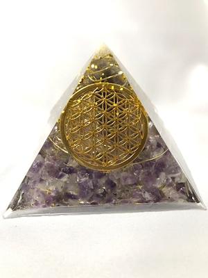 ピラミッド型オルゴナイト【アメジスト&天然水晶】アメジストのポイント水晶でパワーアップ