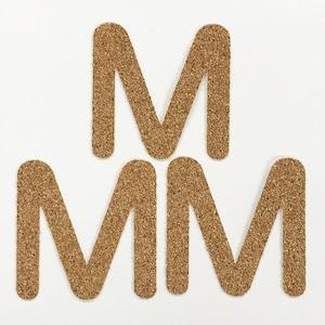 切り文字 A&Cペーパー コルク 粘着付 アルファベット「M」