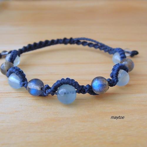 宝石質ブルーラブラドライト&アクアマリンのブレスレット - Undersea - <金属フリー>