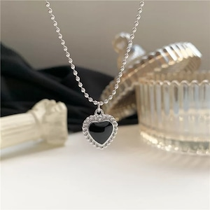 black heart chain necklace