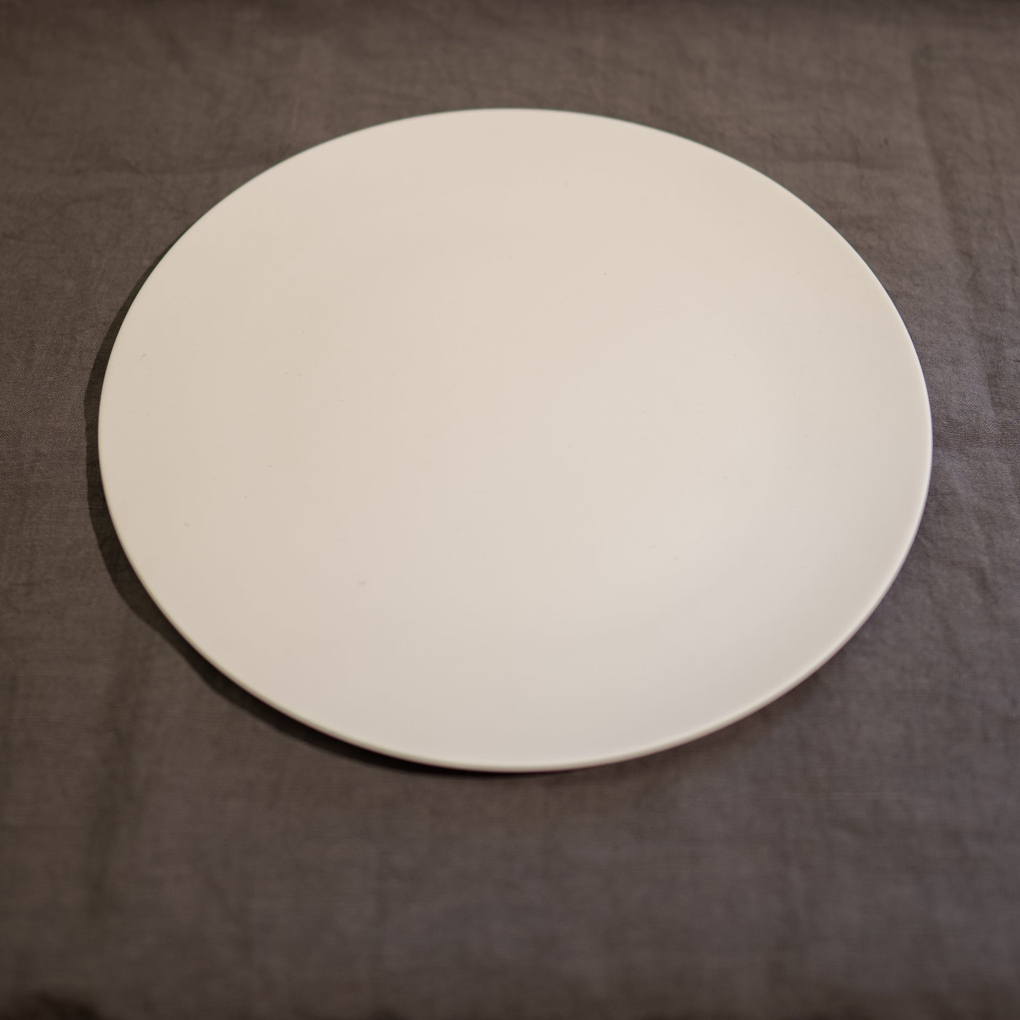 Stone プレート リッチグレー 28cm