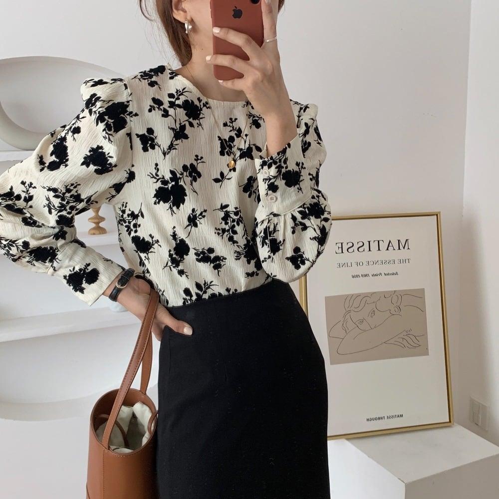 casual retro blouse(black flower)