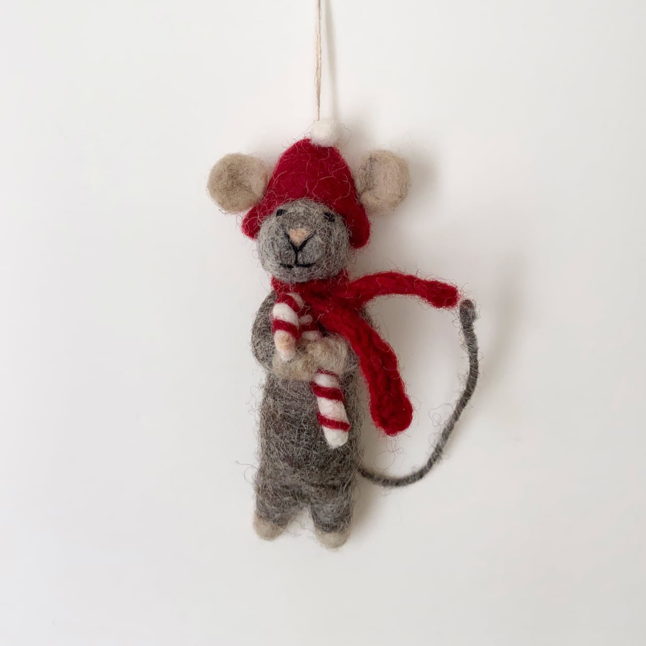 Grey Mouse with Candy Cane キャンディケインと灰色のマウス オーナメント