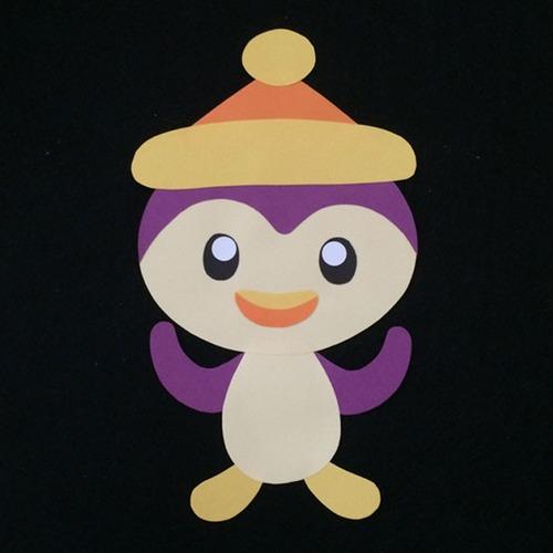 ペンギン(黄色帽子)の壁面装飾
