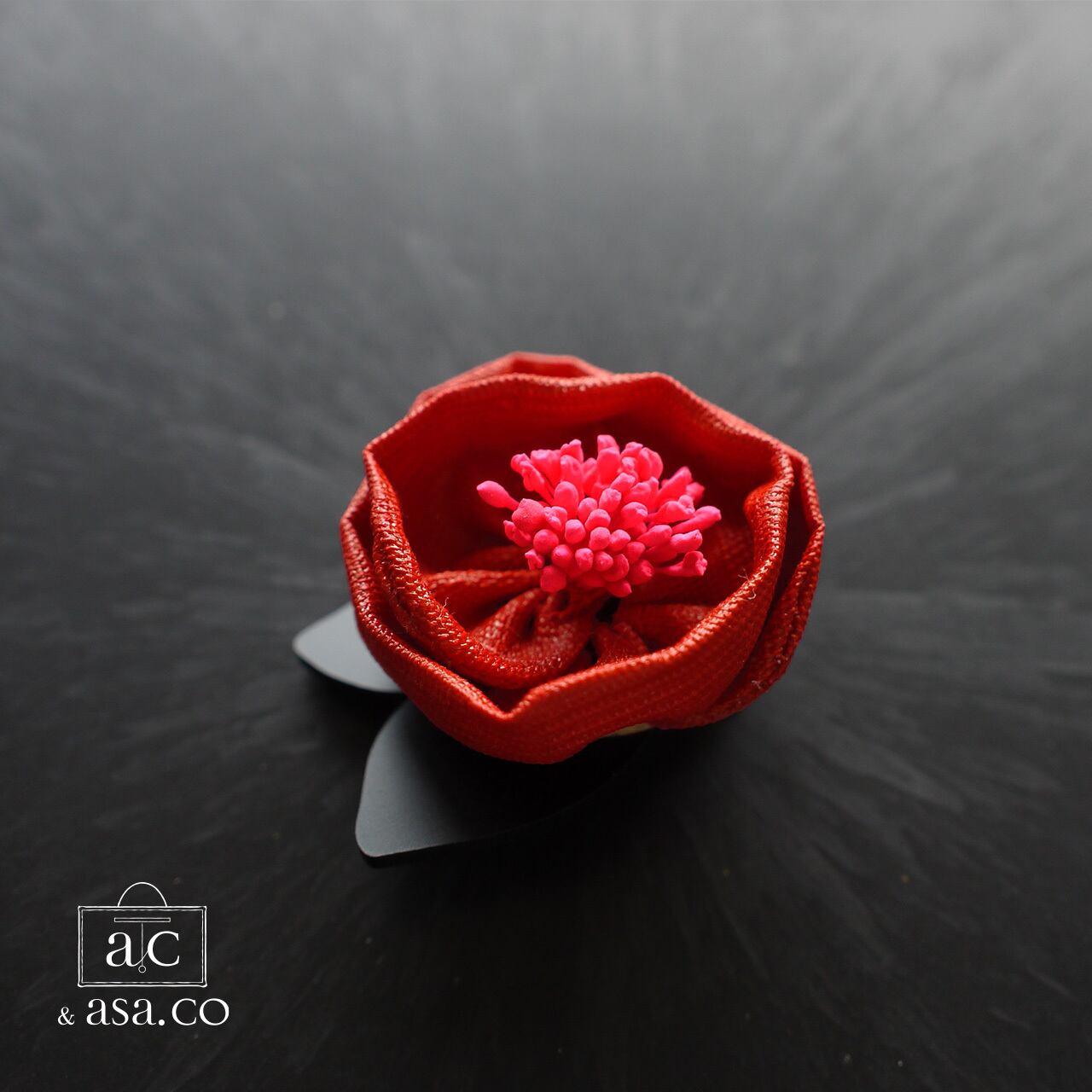 麻のコサージュ 〈 Tsubaki 〉Red