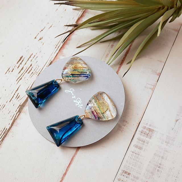 """ Earrings NO.0-1980″ 糸のガラスとブルーマーブル"